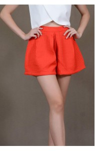 RS190806 Textured lantern shorts in red