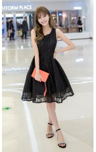 *KDS037188YH Full lace plated flared dress  REAL PHOTO