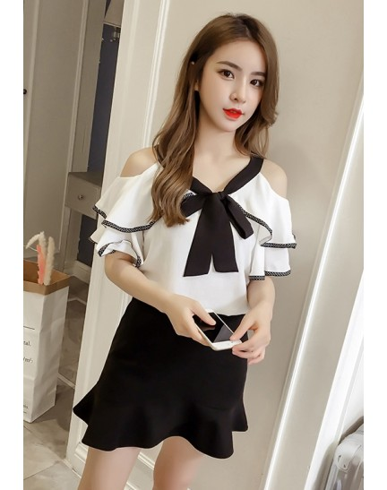 KTP10102289X Off shoulder blouse with bow PHOTO