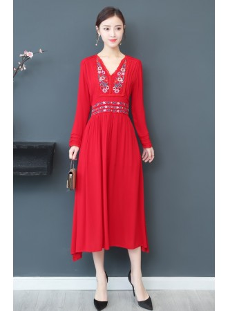 KDS06125909M Embroidery dress in red PHOTO