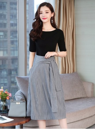 KST03016189H Stripes skirt with black top set REAL PHOTO