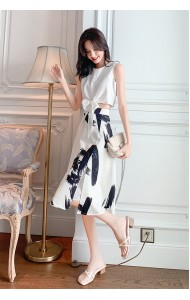 KST07146635T Front knot B&W skirt set REAL PHOTO