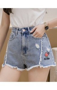 KPT079011L Embroidery strawberry short jeans