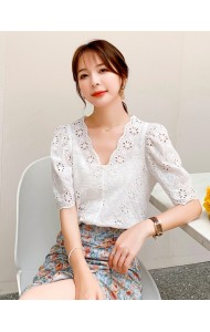 KTP116689Q V neck crochet blouse