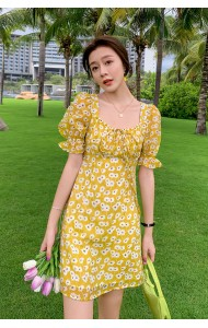 KDS123128J Puff sleeves floral dress
