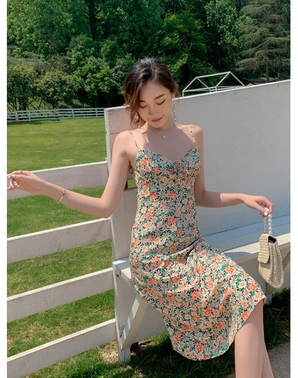 KDS019301Y Tie front strappy floral dress