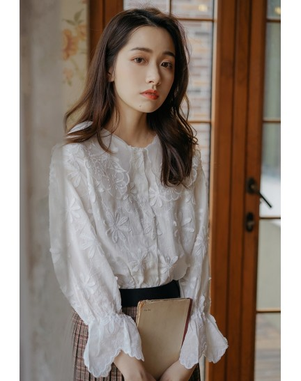 KTP09802D Embroidery floral blouse